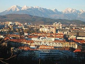 Ljubljana, pogled z Ljubljanskega gradu (v oza...