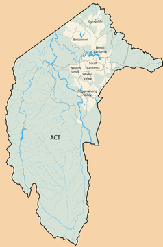 """Mapa konturowa Australijskiego Terytorium Stołecznego, u góry znajduje się punkt z opisem """"Biblioteka Narodowa Australii"""""""