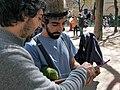 Los hombres también tejen. Tejiendo Malasaña 2014 (13068231593).jpg