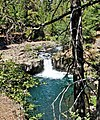 Lower McCloud River Falls, CA 9-06 (15331470431).jpg