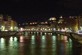 Lyon-quais-Saône-pont-La-Feuillée-nord-nuit.jpg