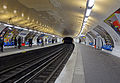 Métro de Paris - Ligne 2 - Ménilmontant 01.jpg