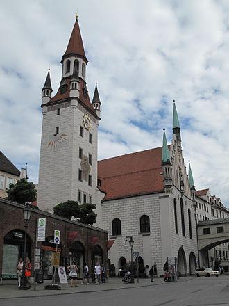 Old Town Hall, Munich - Old Town Hall, view from Viktualienmarkt