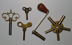 Clockwork - Keys of various sizes for winding up mainsprings on clocks
