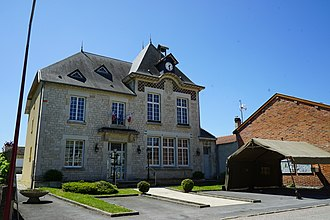 Auve - The town hall in Auve