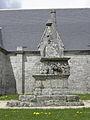 Malguénac (56) Croix de cimetière 01.JPG