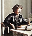 Maria Montessori1913-Colorized.jpg