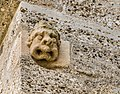 Maria Saal Pfarr-und Wallfahrtskirche N-Wand Daemonenkopf aus Stein 03072017 5290.jpg