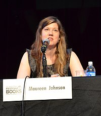 Wikipedia: Maureen Johnson at Wikipedia: 200px-Maureen_Johnson