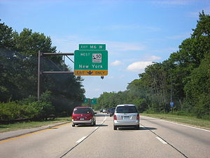 Meadowbrook State Parkway - The Meadowbrook at the Southern State Parkway (exit M6W) in Barnum Woods