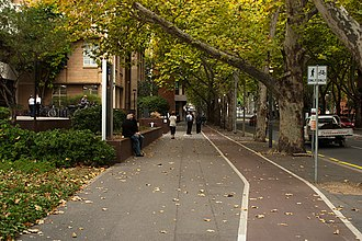 Frome Road, Adelaide - View looking up Frome Road at side of the old Royal Adelaide Hospital in 2009.