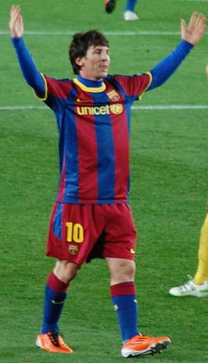 Messi arms