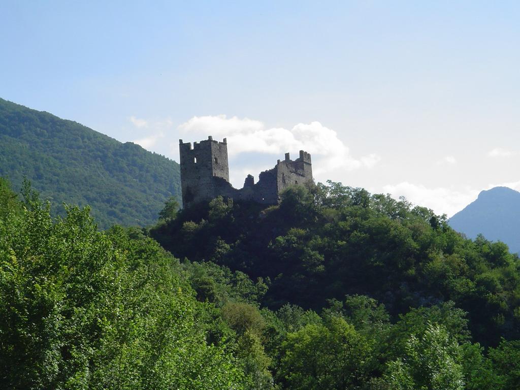 Image illustrative de l'article Château de Miglos