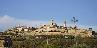 Montecosaro - The old part of the town stands on a hill