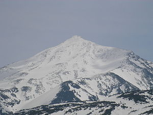 Mount Tokachi (Daisetsuzan) - Mount Tokachi May 2006