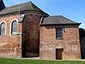Moyencourt-lès-Poix église (chevet et sacristie).jpg