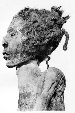 Djedptahiufankh - Mummy of Djedptahiufankh, from DB320.