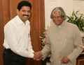 Muthukad with President of India, Shri. A.P.J. Abdul Kalam.tif