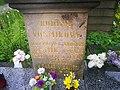 Náhrobek F. J. Vosmíkových, hrob rudoarmějců, pomník zajatců 08.jpg