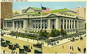 https://upload.wikimedia.org/wikipedia/commons/thumb/7/7c/NYC_Public_Library_postcard_1920.jpg/300px-NYC_Public_Library_postcard_1920.jpg