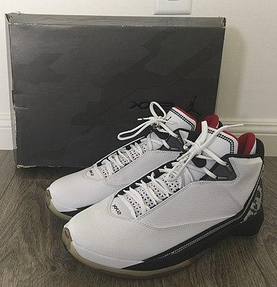 100% authentic 66b05 9ea29 Nike Air Jordan XX2, (Bulls Colorway)