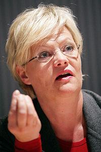 Norges finansminister Kristin Halvorsen vid Nordiska Radets session i Helsingfors 2008-10-28 (1).jpg