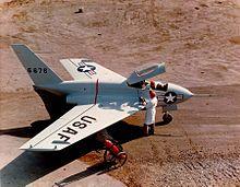 Avion de chasse en plage - 1 part 1