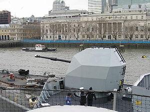 Northumberland Naval Gun.jpg