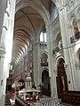 Noyon (60), cathédrale Notre-Dame, chœur, vue diagonale vers le nord-ouest.jpg