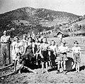 Obermillstatt Kartoffelernte beim Bartl 1942.jpg
