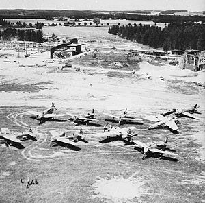 Dornier Do 335 - Do-335s on the apron at Oberpfaffenhofen at the war's end, including unfinished two-seat versions