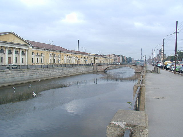 ВОбводном канале ищут 27-летнего приезжего изХабаровского края