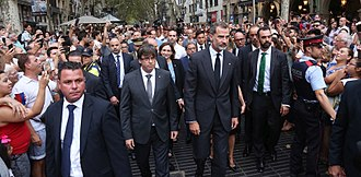 Felipe VI of Spain - Felipe and Catalan President Carles Puigdemont  going to lay a wreath in Barcelona following terror attack in August 2017