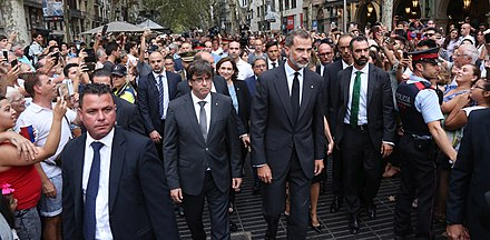 Felipe and Catalan President Carles Puigdemont going to lay a wreath in Barcelona following terror attack in August 2017 Ofrena floral a la Rambla (1).jpg