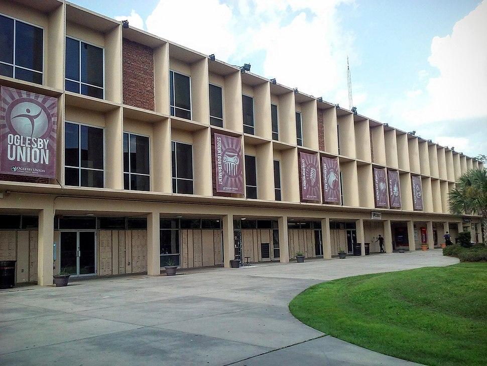 Oglesby Union southern entrance