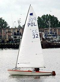 Ok dinghy pol32.jpg