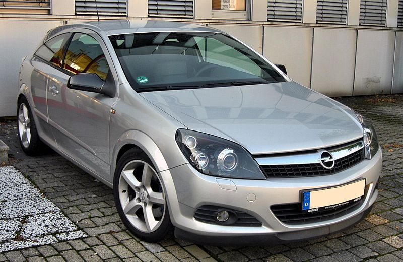 Opel Astra H Gtc. Opel Astra H Gtc