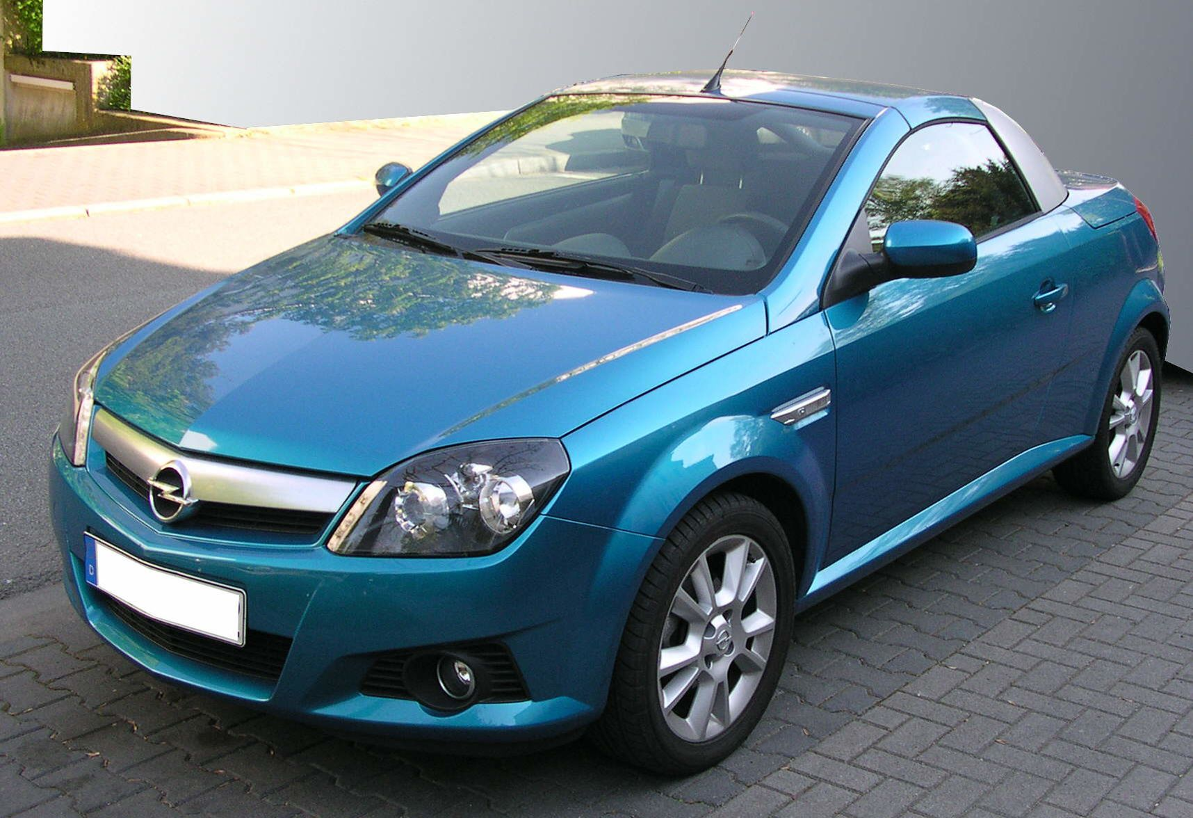 Opel Tigra - The complete information and online sale with free