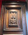 Oratorio di san pierino, tre gigli dell'annunciazione intagliati sul portale (da simbolo compagnia dell'Annunziata).JPG