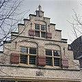 Overzicht van de trapgevel aan de voorgevel - Geertruidenberg - 20379771 - RCE.jpg