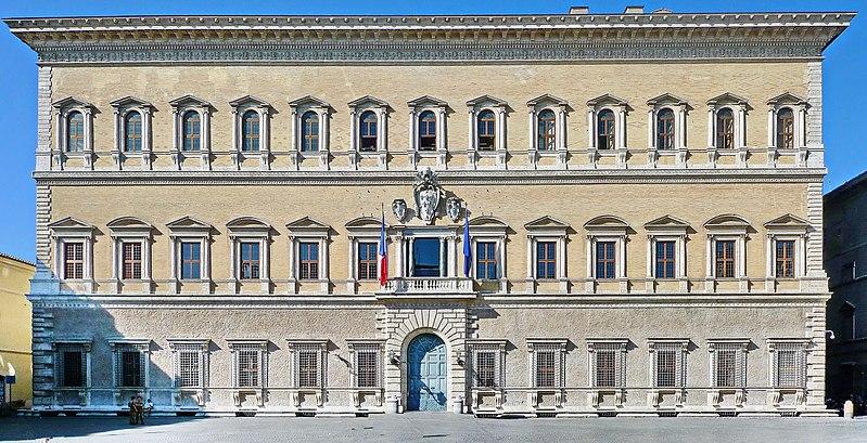 File:Palazzo Farnese Fassade.jpg