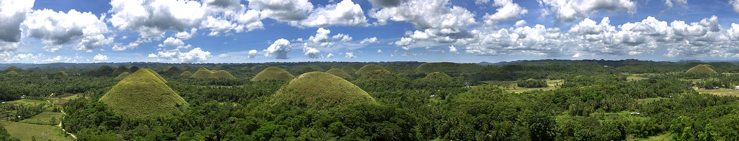 Panorama Chocolate Hills.jpg