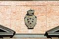 Parco di pratolino, villa demidoff (ex- piaggeria), stemma medici in pietra.JPG