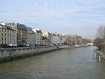 Paris Quai des Grands Augustins.JPG
