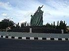 Patung Секси Depan Gubernuran - panoramio.jpg