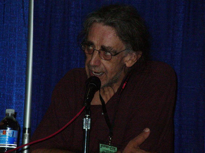 File:Peter Mayhew at Super-Con 2009 2.JPG