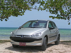 Front view of a silver Peugeot 206