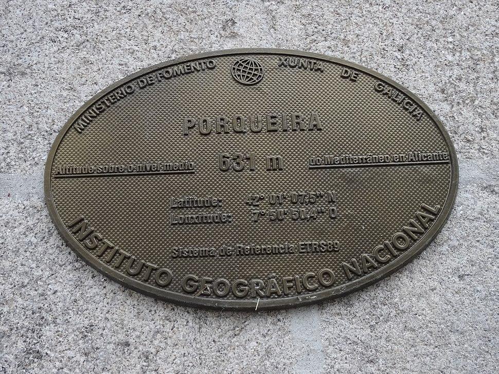 Placa altimétrica, Porqueira, Ourense