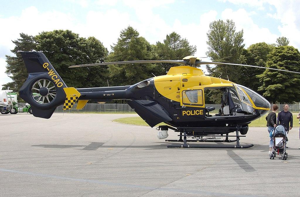 1024px-Police_eurocopter_ec135_g-wcao_ar