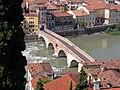 Ponte Pietra (Verona).jpg